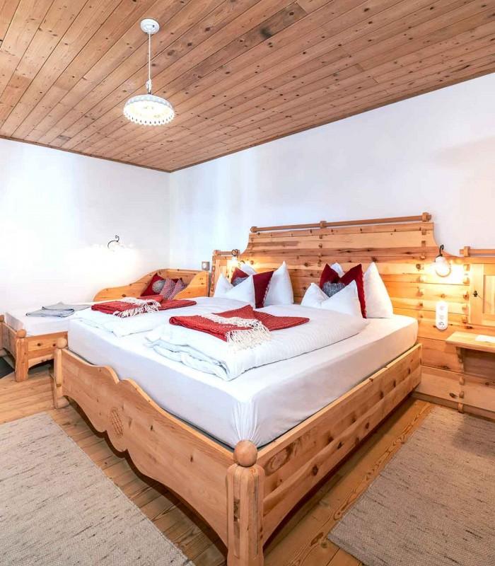Mountain chalet bedroom 5